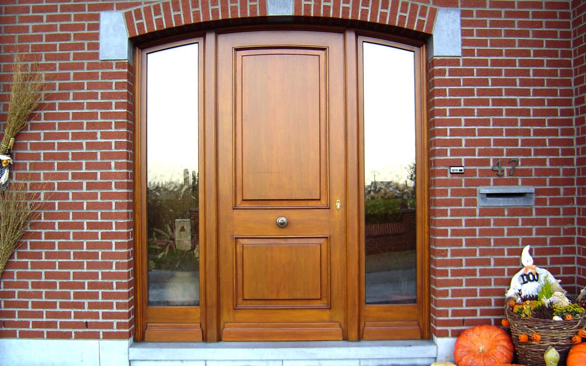 Cr ation de ch ssis portes et coulissants sur mesure for Porte de service en bois sur mesure