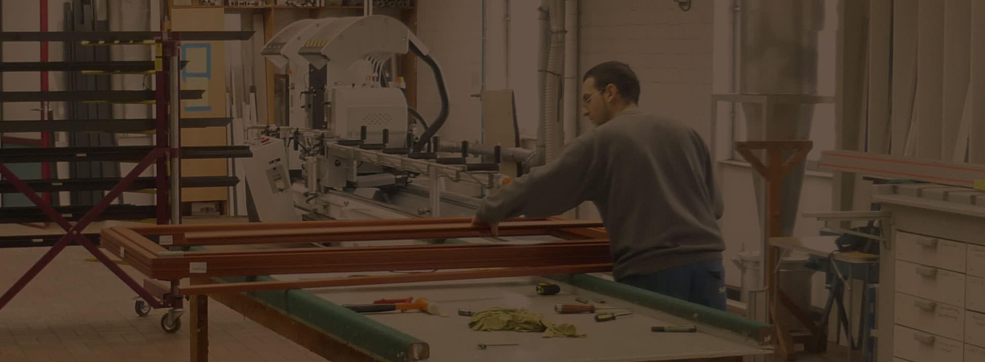 Menuiserie intérieure-Menuiserie Mahieu à Ath - fabricant de châssis ALU et Bois à votre service depuis 1960